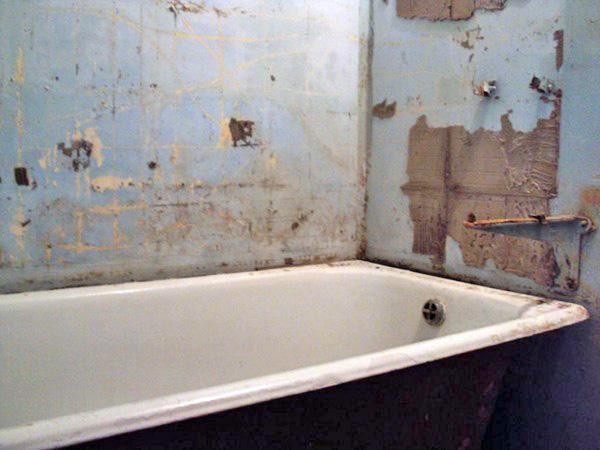 Дешевый ремонт в ванной своими руками 6